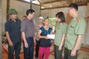 Chia sẻ nỗi đau với gia đình nạn nhân vụ thảm án ở Yên Bái